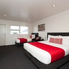 Twin Room at The Dawson Motel New Plymouth. Call to book 06 758 1177.