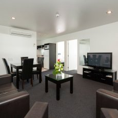 Lounge view of the 2 Bedroom at The Dawson Motel New Plymouth. Call 06 758 1177