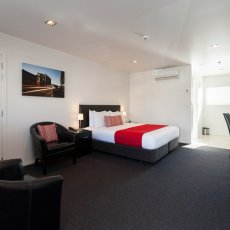 View of the Studio Room at The Dawson Motel New Plymouth. Call 06 758 1177